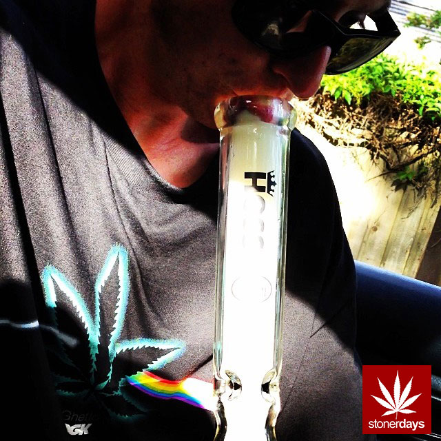 stonerdays-stayblazed-marijuana-pipes-joints-blunts-weed (125)