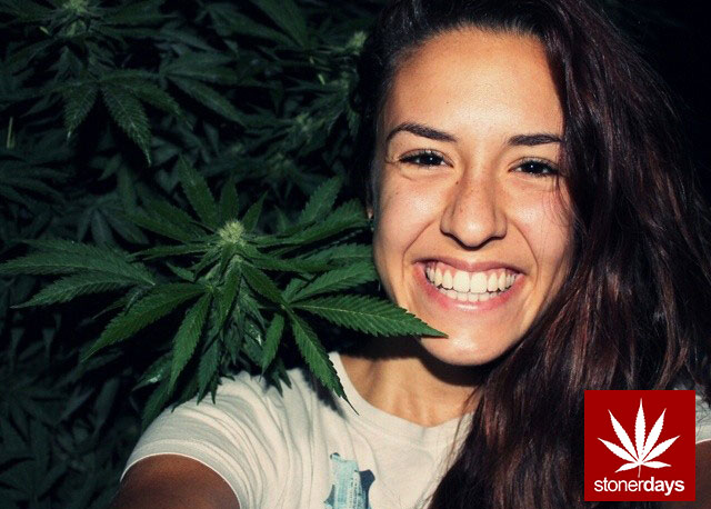 stonerdays-stayblazed-marijuana-pipes-joints-blunts-weed (145)