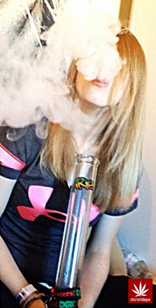 stonerdays-stayblazed-marijuana-pipes-joints-blunts-weed (151)