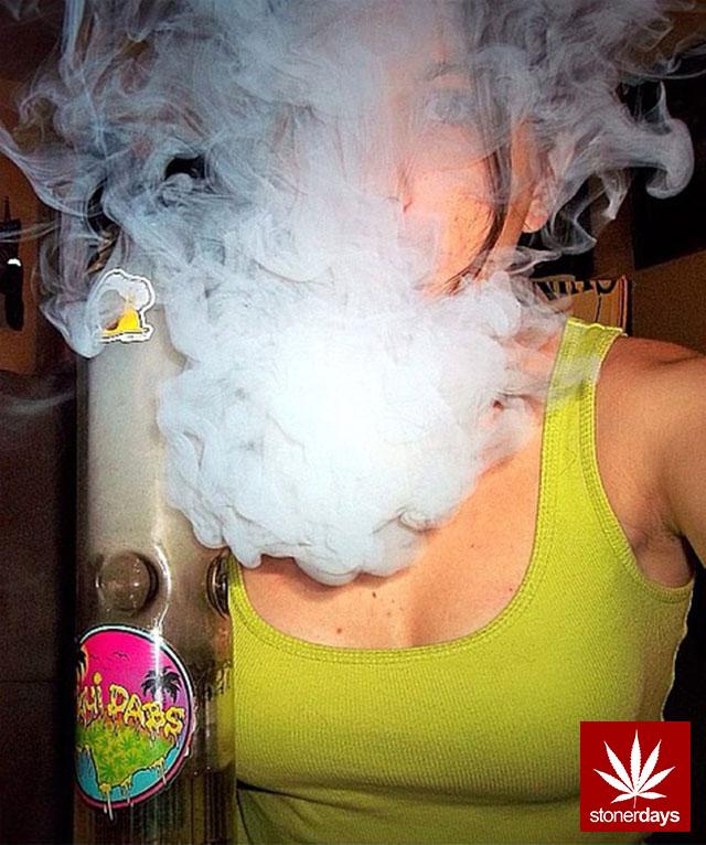 stonerdays-stayblazed-marijuana-pipes-joints-blunts-weed (18)