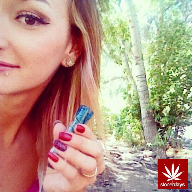 stonerdays-stayblazed-marijuana-pipes-joints-blunts-weed (54)