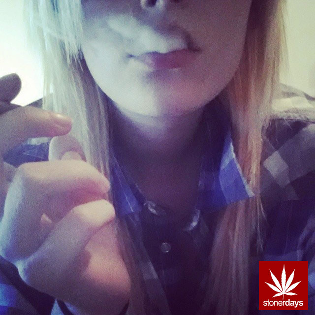 stonerdays-stayblazed-marijuana-pipes-joints-blunts-weed (94)