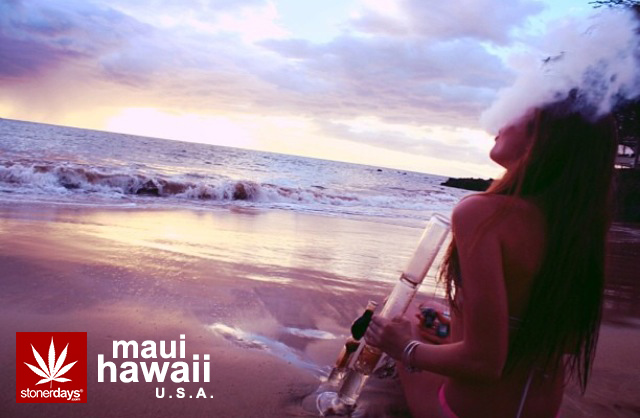 usa-hawaii-maui-bong-beach-stonerdays-marijuana